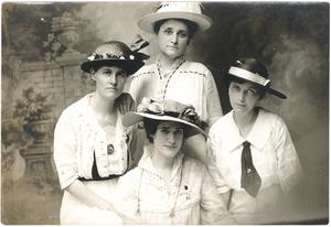 VCU_M9 Box 239_Adele Clark Nora Houston May Schaill Mrs Frank Jobson 1915 rsz.jpg