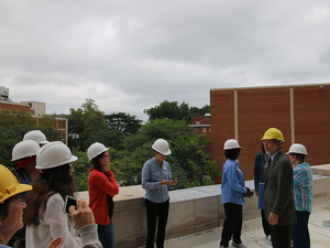 James Branch Cabell Library construction tours