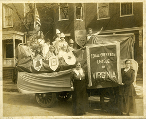 VCU_M9 Box 239 ESL Thrift Day float 1918 rsz.jpg